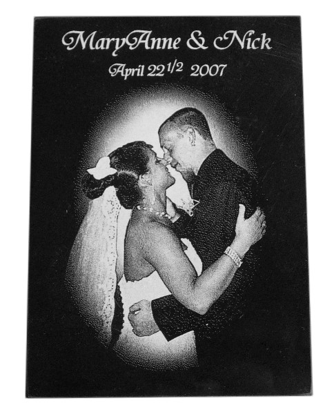 Engraved-marble-wedding-bride-groom-first-kiss-lg